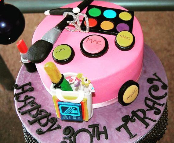 Custom MAC & ALDI Cake