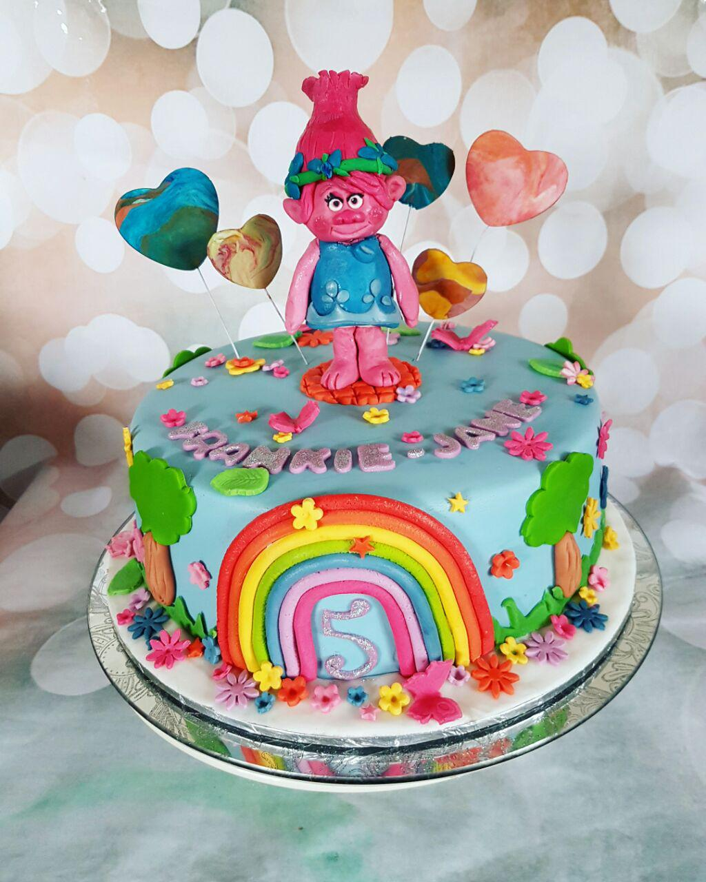 how to make poppy troll cake