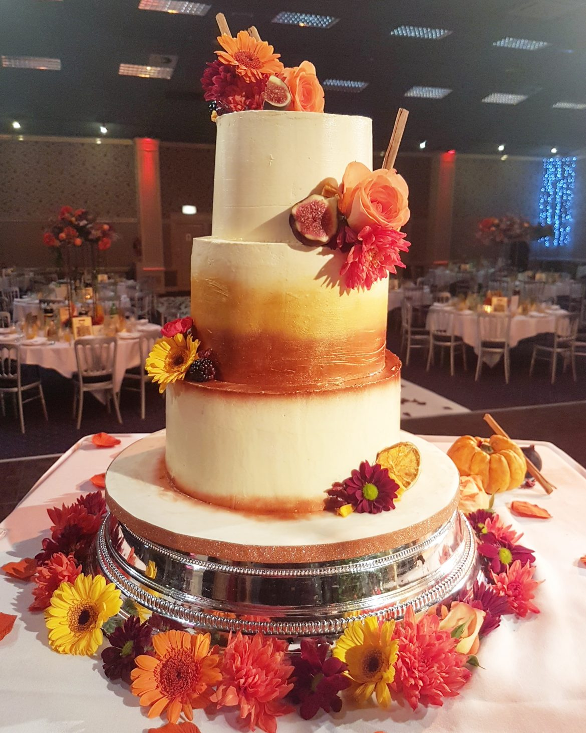 autumn wedding cake images autumn wedding cake cakes by mehwish 10905