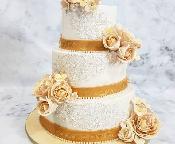 Regal Wedding Cake
